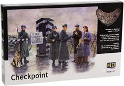 Master Box Checkpoint German Soldiers And Civilians With Sentry Box 6 Figure Model Building Kits 1:35 Scale