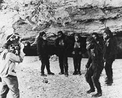 2001: A Space Odyssey Director Stanley Kubrick Films Ape Scene 8X10 Promotional Photograph