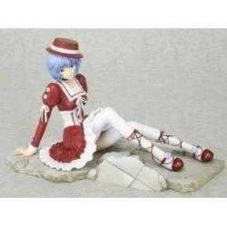 Diamond Comic Distributors Evangelion: Rei Ayanami Goth Loli Noir Crimson Version Rouge Red Dress