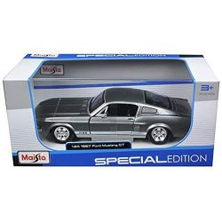 Ford Mustang GT 1967 1:24 Scale