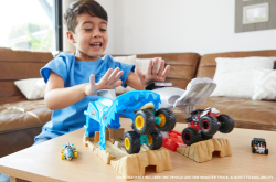 Hot Wheels Monster Truck Pit And Launch Play Sets With A Monster Truck And 1:64 Car