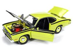 PLYMOUTH 1971 Duster 340 Hardtop Green With Black Hood Mcacn Limited Edition To 1 002 Pieces Worldwide 1 18 Diecast Model Car By